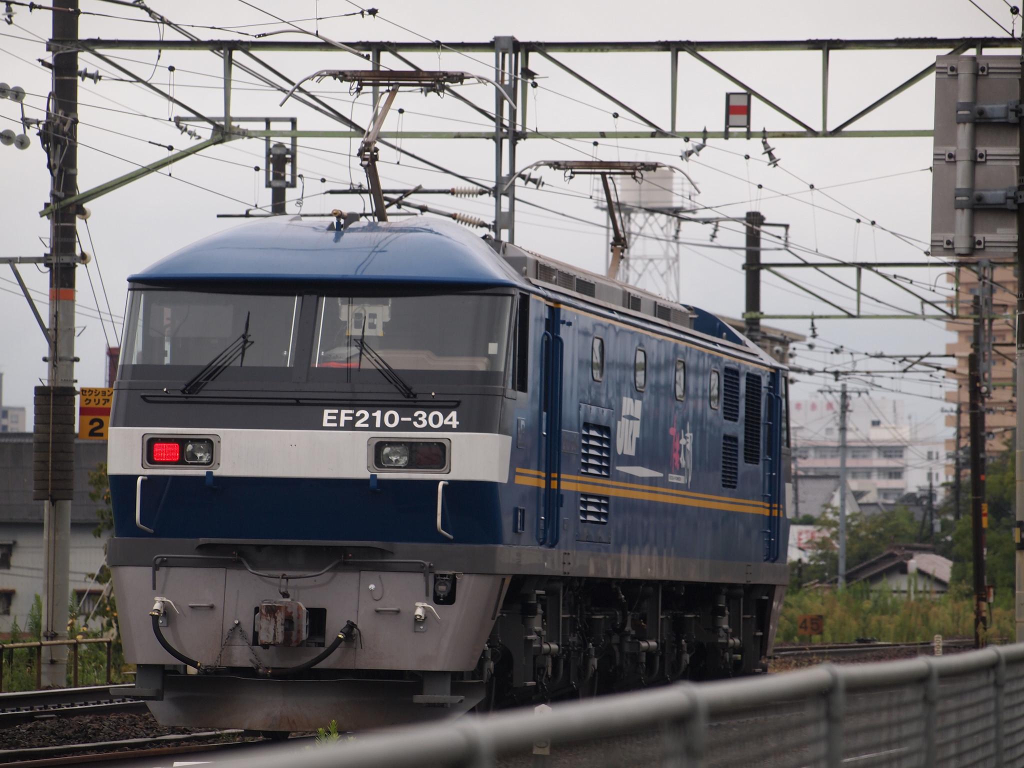 EF210-304