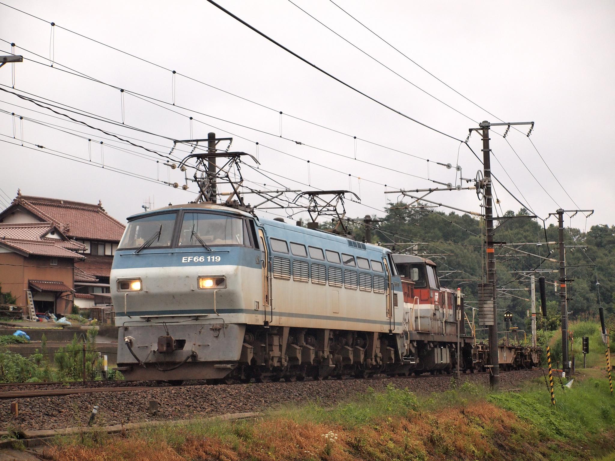 EF66 119